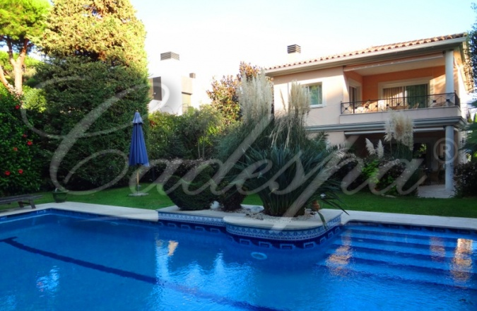 Купить дом в испания на берегу моря цены